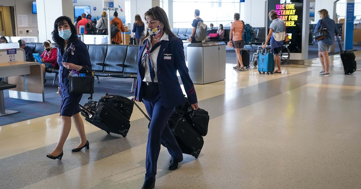 American Airlines warns it's overstaffed by as many as 8,000 flight attendants