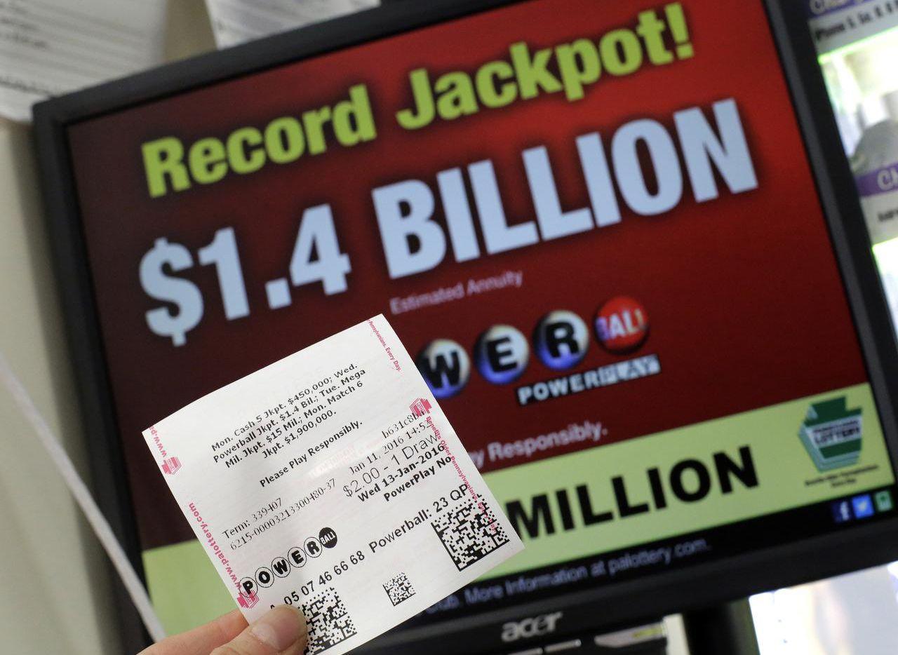 El premio de Powerball para el miércoles asceinde a $1,500 millones (AP/GENE J. PUSKAR)