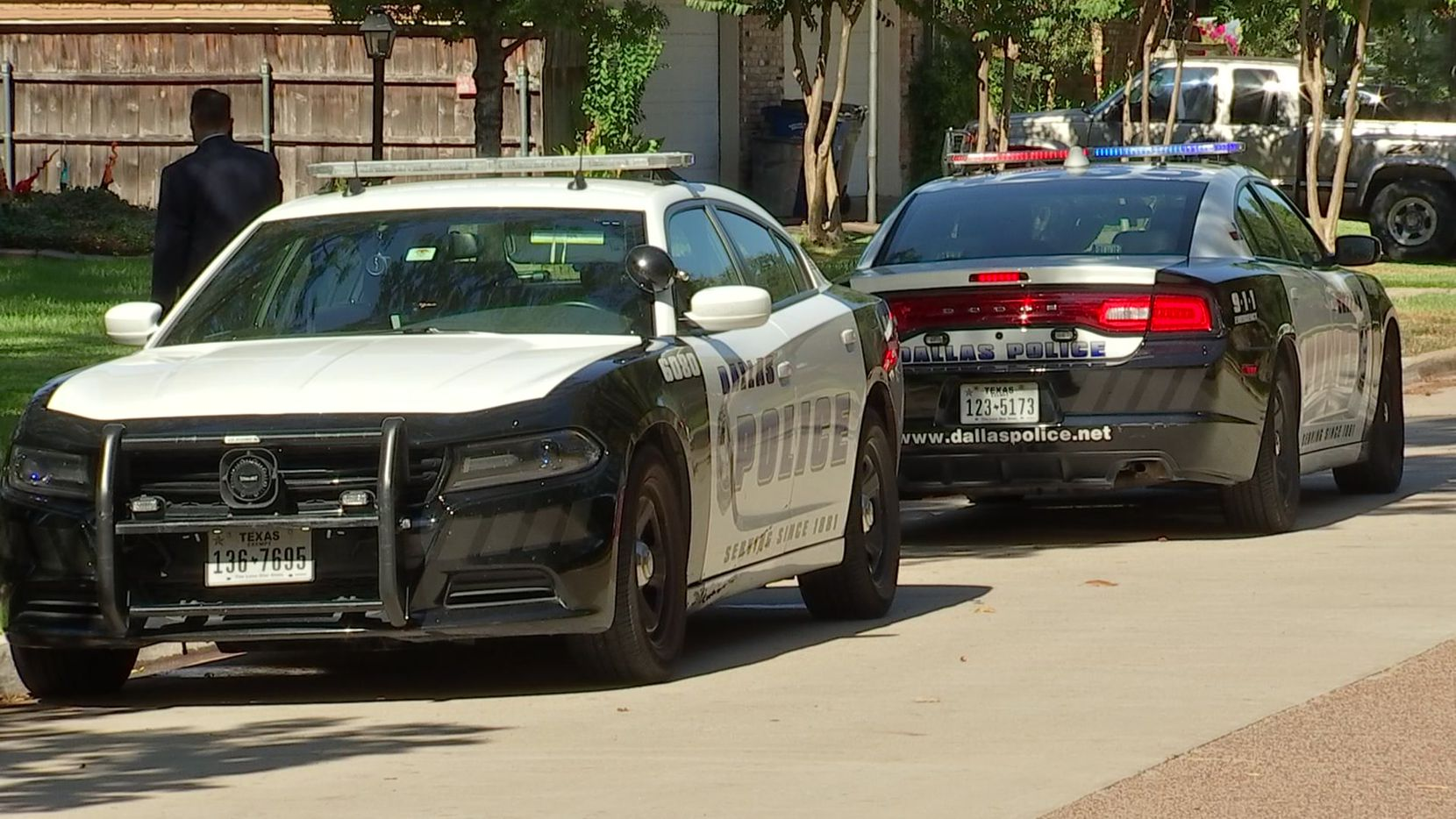Police were called to the 9200 block of Cliffmere Drive, near Walnut Hill Lane and Audelia Road, about 5:30 a.m.