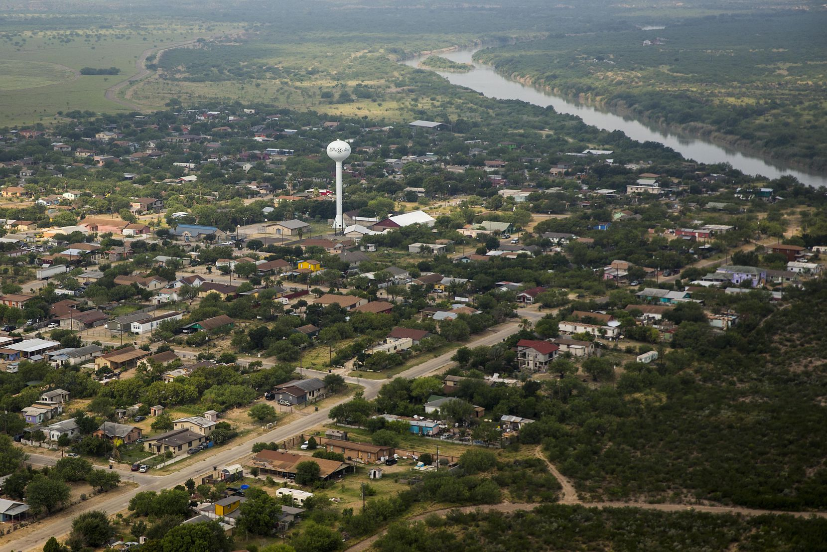 El Cenizo, Texas, is situated on the banks of the Rio Grande River. The town population is about 3,800.