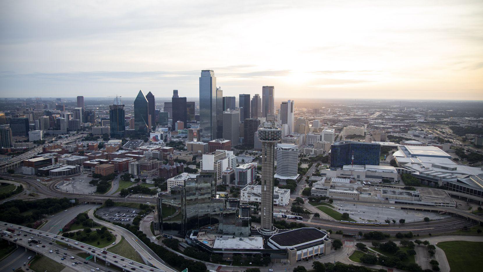 Los hogares de inmigrantes en el condado de Dallas ganaron $17,500 millones en 2017, según New American Economy.