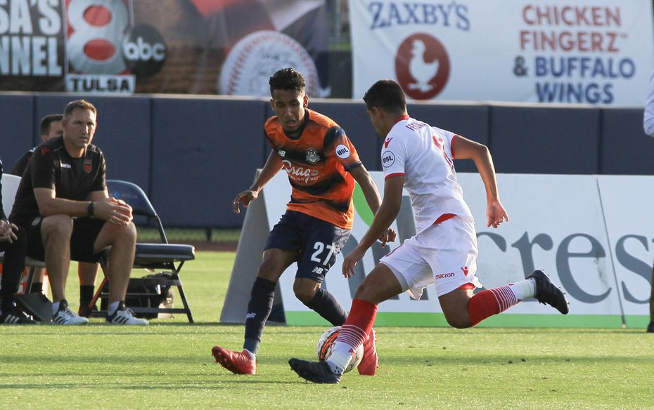 Jesus Ferreira (#27 in black) of FC Dallas plays on loan with Tulsa Roughnecks of the USL.