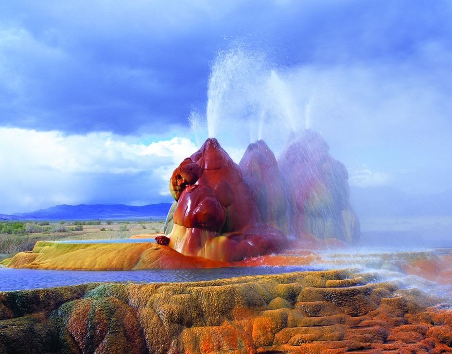 Fly Geyser, a small geothermal geyser now owned by the nonprofit Burning Man Project, north of Gerlach, Nev. Lilly was allowed to go on the then-owner's land to photograph it in 2006.