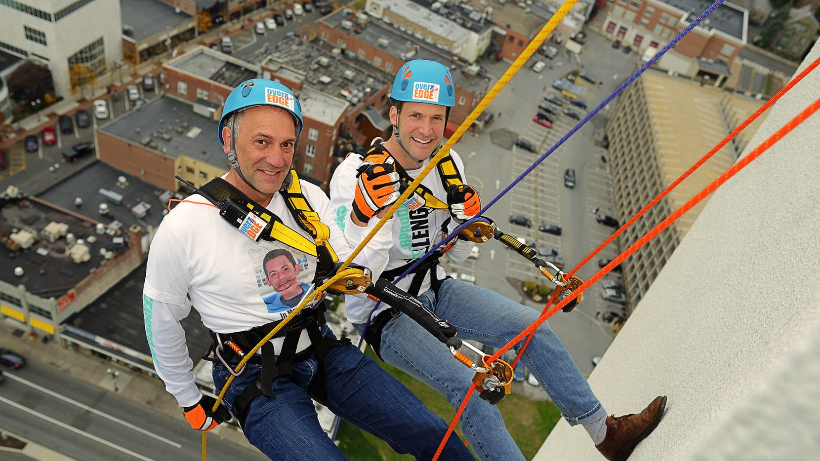 Shatterproof founder and CEO Gary Mendell rappels with Congressman Jim Himes.