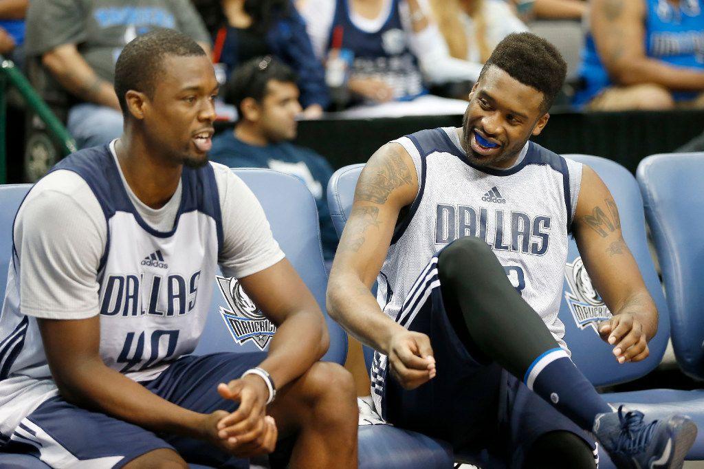Harrison Barnes hooks up his new Mavericks teammates with ...