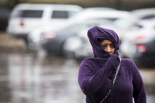 El sábado se espera que las temperaturas desciendan drásticamente en el área de Dallas y Fort Worth.