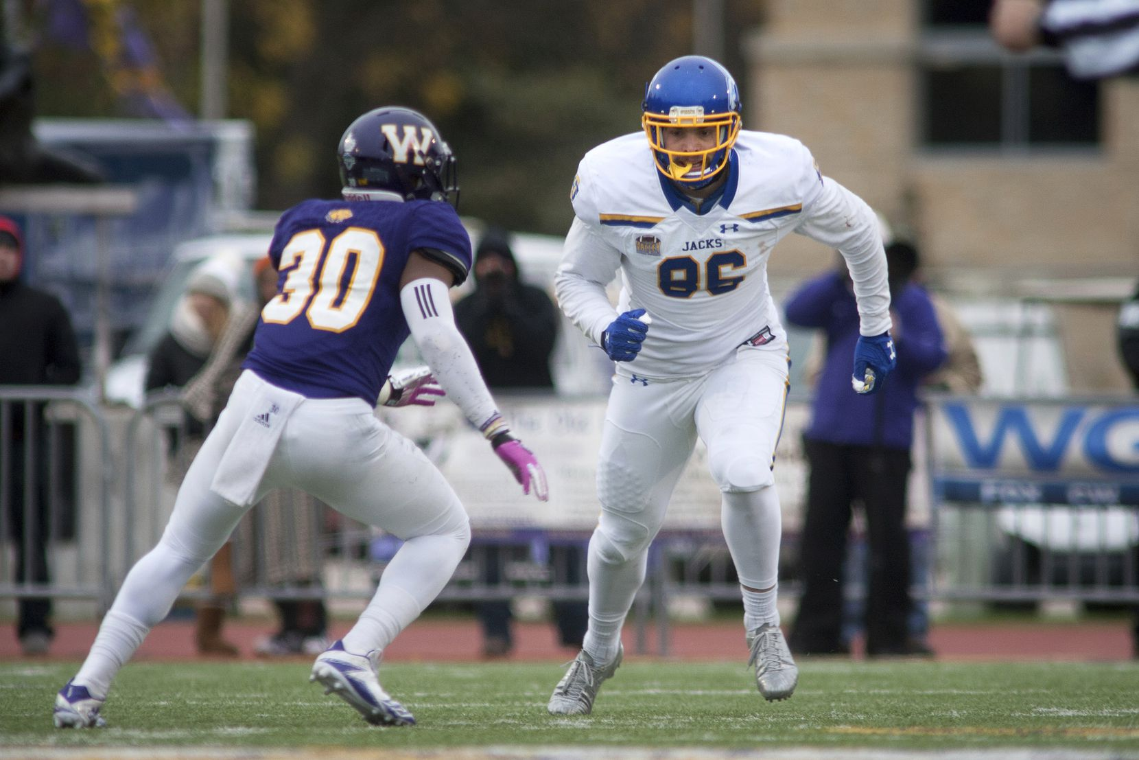South Dakota State tight end Dallas Goedert is pictured during the second half of a game against Western Illinois on Saturday, Oct. 28, 2017, in Macomb, Ill. (AP Photo/Daryl Wilson)