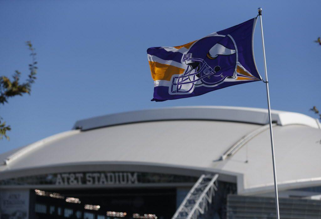 A Minnesota flag flies prior to the Dallas Cowboys- Minnesota Vikings NFL football game in Arlington, Texas,  on November 03, 2013. (Michael Ainsworth/The Dallas Morning News)