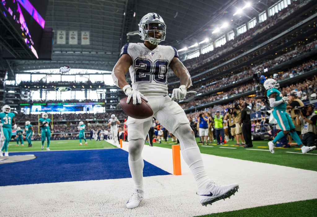 Dallas Cowboys running back Tony Pollard (20) runs in for a touchdown during the fourth quarter of an NFL game between the Miami Dolphins and the Dallas Cowboys on Sunday, September 22, 2019 at AT&T Stadium in Arlington, Texas.