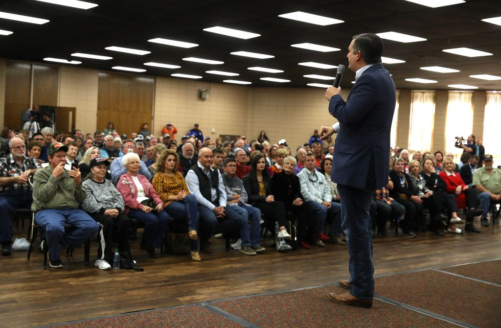 PAMPA, TEXAS - NOVEMBER 01:  U.S. Sen. Ted Cruz (R-TX) speaks a Get Out The Vote Bus Tour rally at the MK Brown Civic Center on November 1, 2018 in Pampa, Texas. Sen. Cruz is campaigning throughout Texas as he battles democratic challenger Beto O'Rourke in a tight race to save his Senate seat.  (Photo by Justin Sullivan/Getty Images)