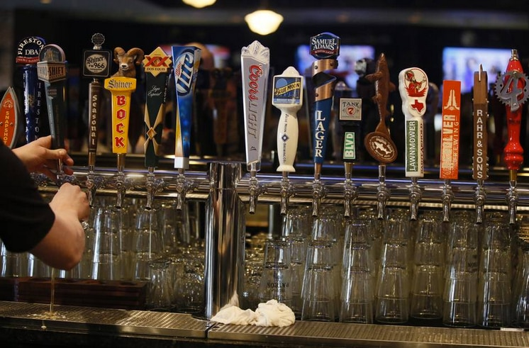 Beer. TVs. These are the most important parts of a sports bar. Dallas has plenty of great bars with both — and more — to make your night a fun one.