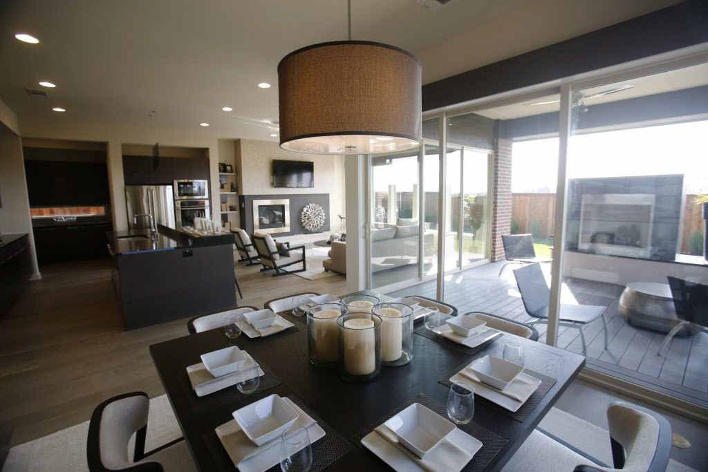 Breakfast area in the MainVue Homes Bellevue Q1 model home at Phillips Creek Ranch in Frisco, on Tuesday, February 17, 2015. (Vernon Bryant/The Dallas Morning News) 02272015xBIZ