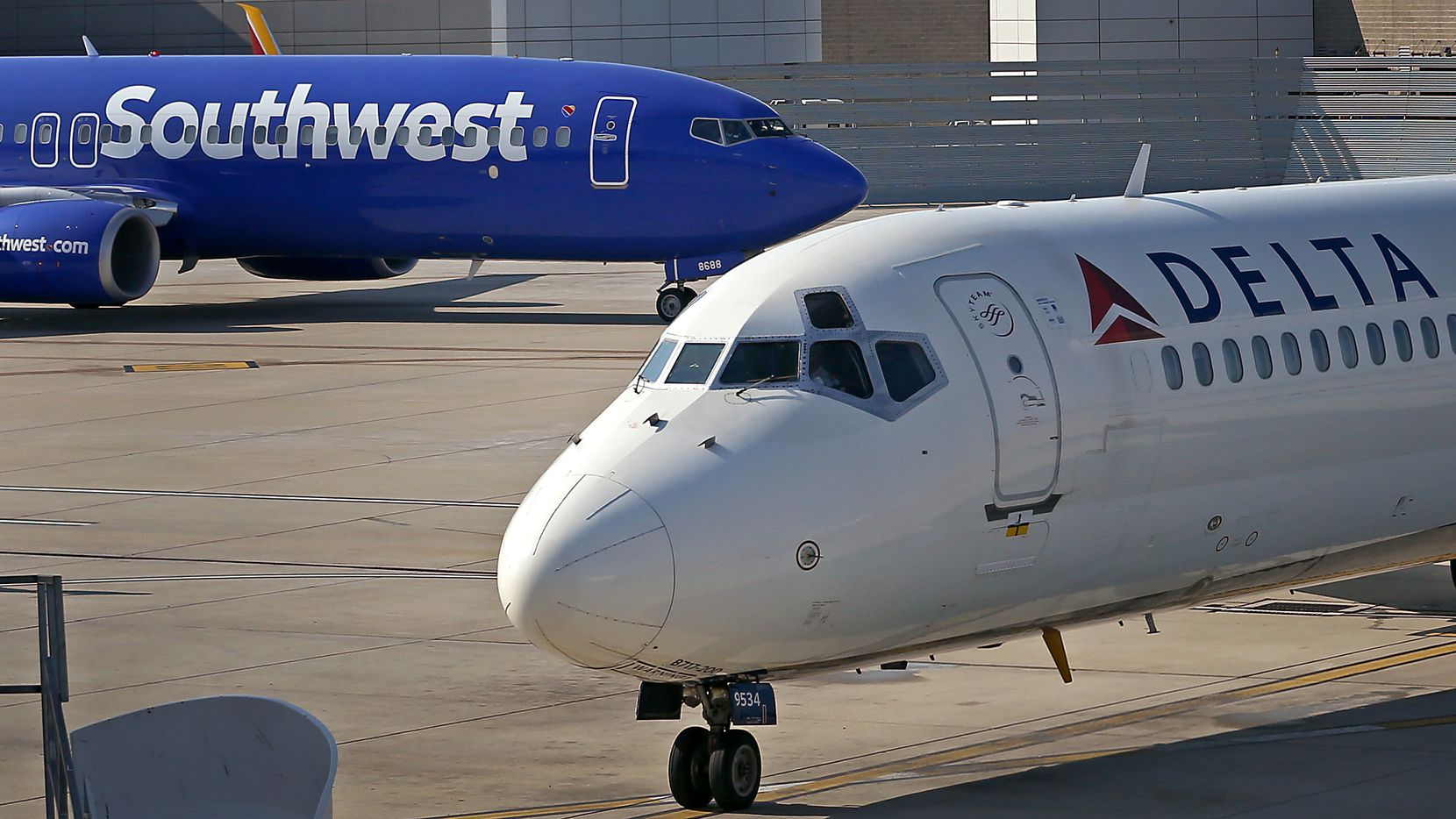 The dispute between Southwest Airlines and Delta Air Lines centers around Gate 15 at the city-owned Dallas Love Field, where the two carriers have been sharing space for more than a year. (Jae S. Lee/Staff Photographer)