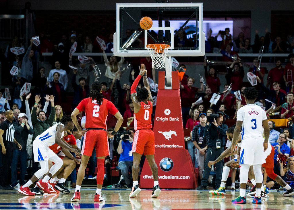 Houston Cougars guard Marcus Sasser (0) makes a penalty shot to tie the game during the second half of a basketball game between SMU and University of Houston on Saturday, February 15, 2020 at Moody Coliseum in Dallas. (Ashley Landis/The Dallas Morning News)