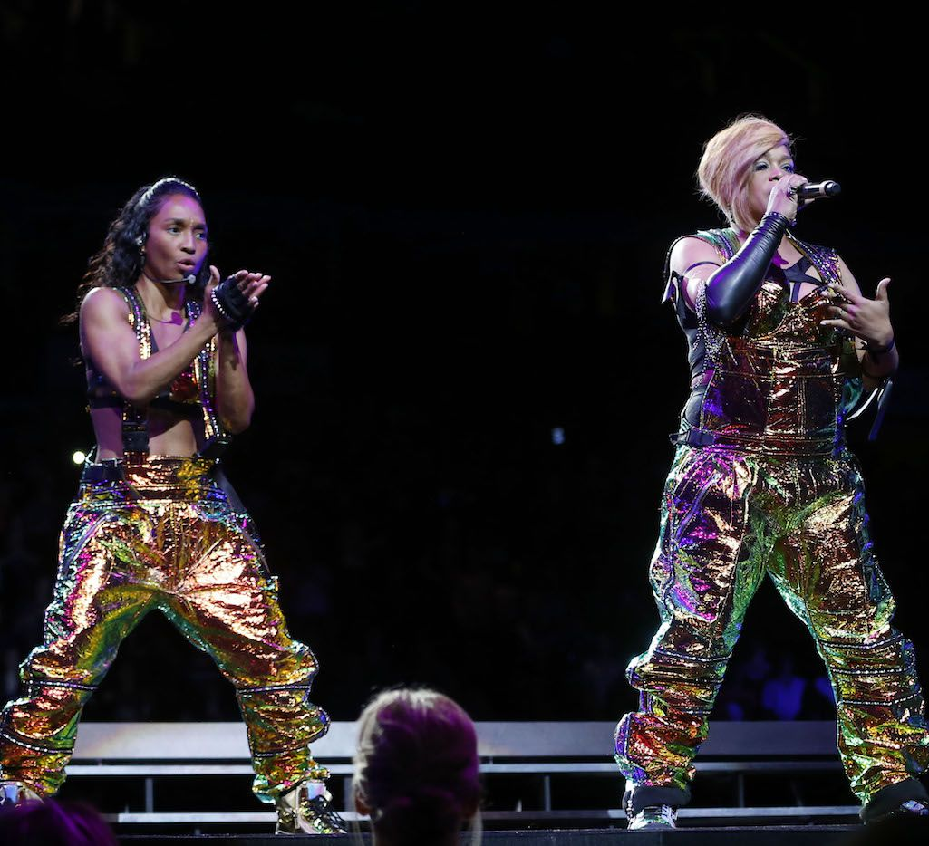 T-Boz (right) and Chilli (left) of TLC