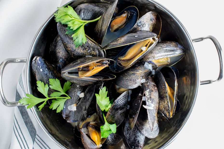 New Dallas restaurant RM 12:20 will serve mussels and other dishes with French flair.