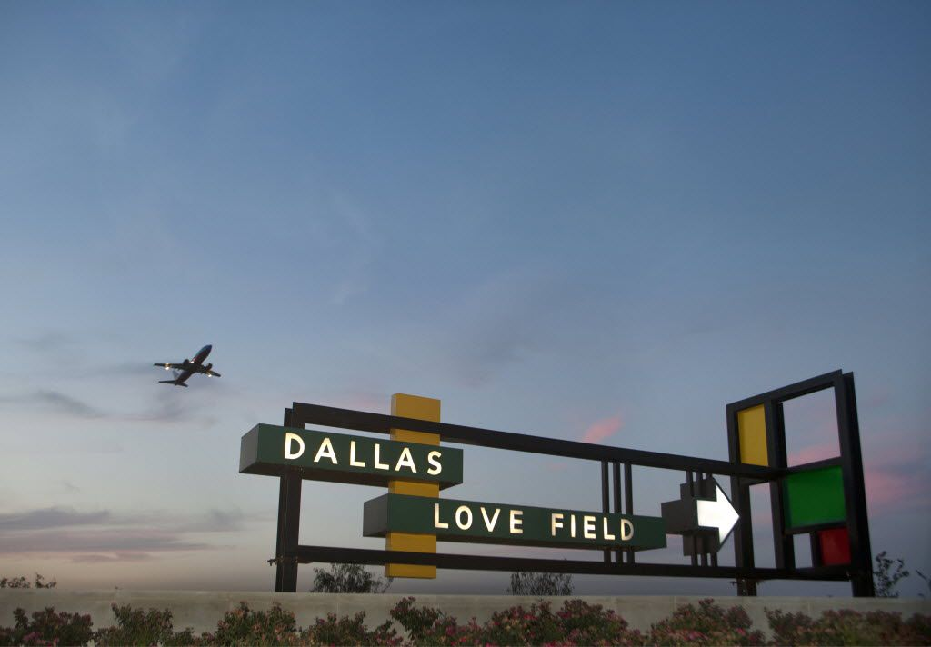 The entrance sign at Dallas Love Field.