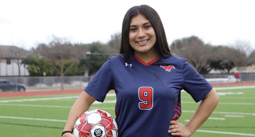 Richardson Pearce girls soccer player Leah Diaz