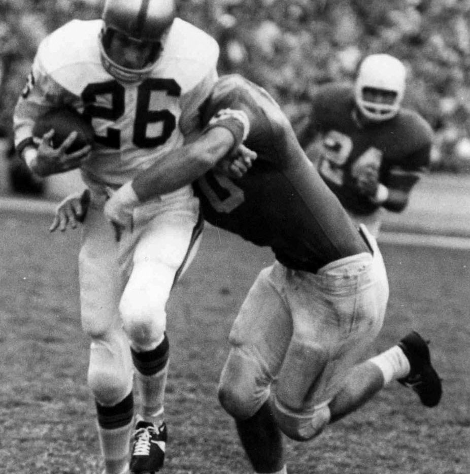 __ Caption: In 1963, Baylor's Lawrence Elkins caught a NCAA-record 70 passes for 873 yards and eight touchdowns.  Byline: Baylor Athletics Submitter: kondracki Timestamp: 2010-02-04 17:07:34 Section: SPORTS_NS  02072010xSPORTS