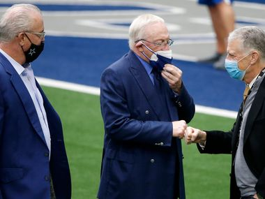 Cowboys executive vice president Stephen Jones (left) and owner Jerry Jones (center) greet Steelers owner Art Rooney II during team warmups before a game in Arlington on Sunday, Nov. 8, 2020. (AP Photo/Michael Ainsworth)