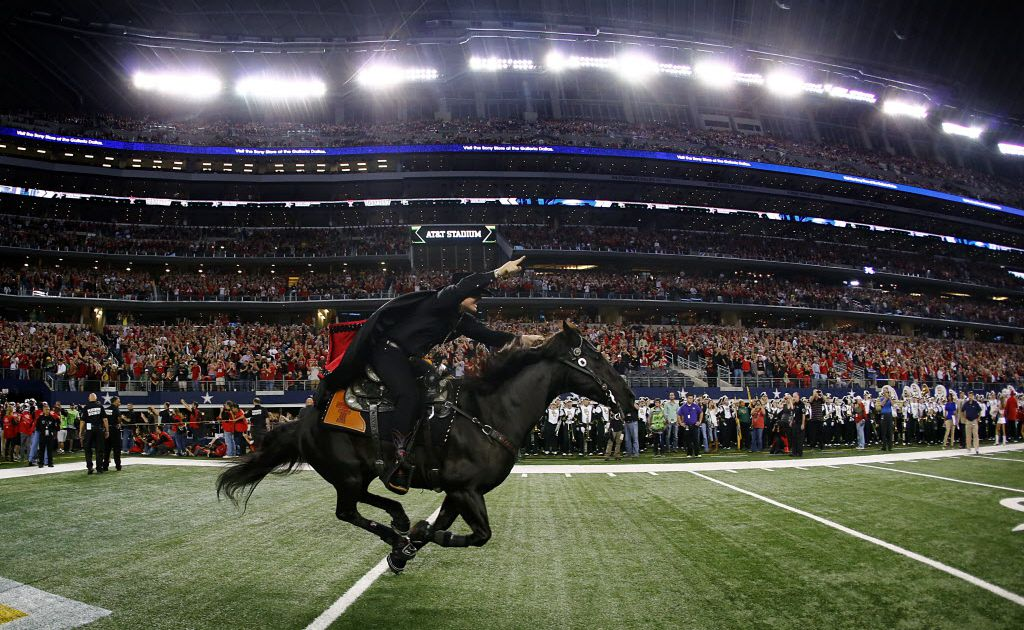 The Top Texas Tech Traditions The Masked Rider Will Rogers And Tortillas