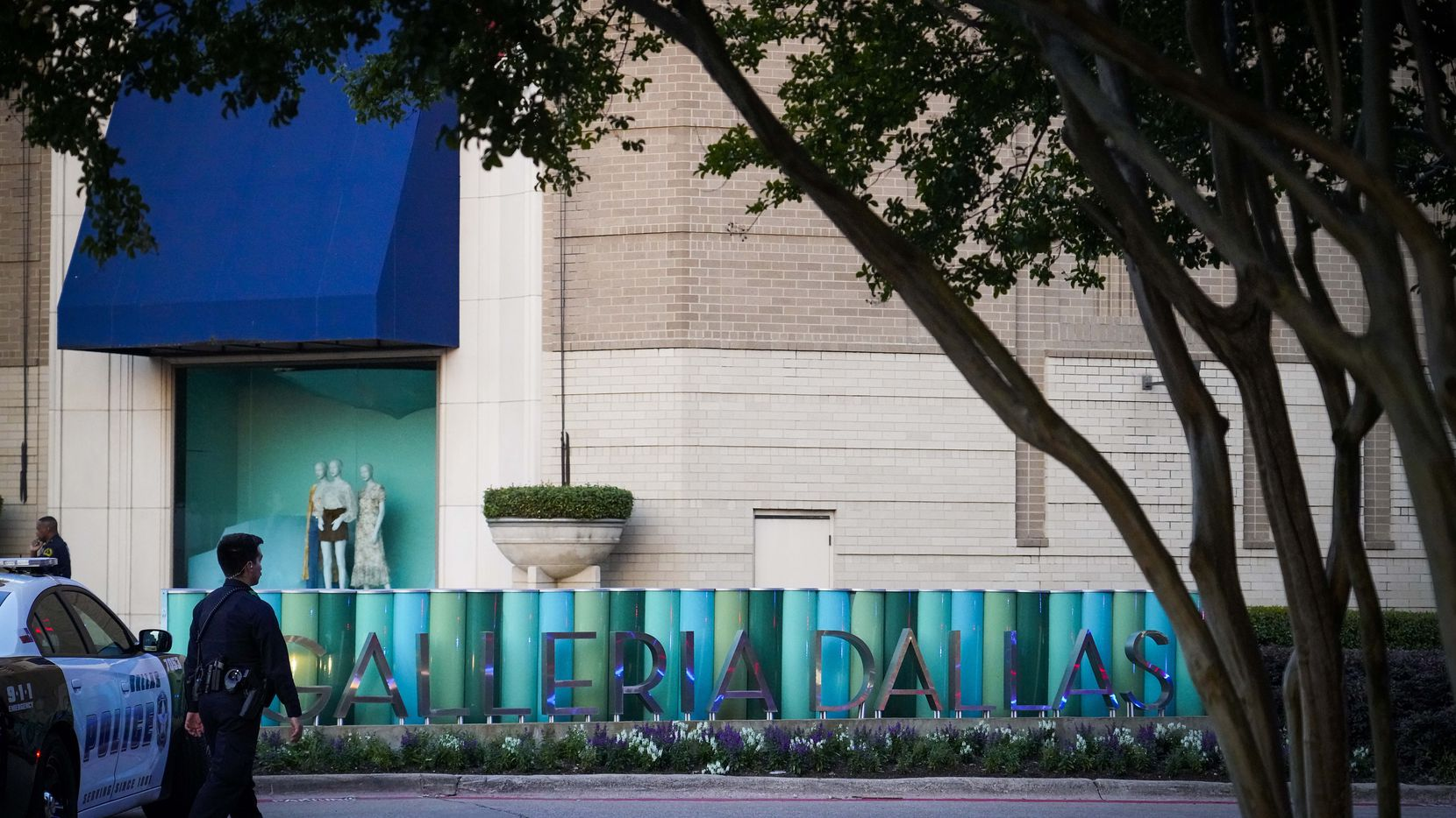Tuesday's shooting at the Galleria Dallas stemmed from an argument between two people, witnesses told police.