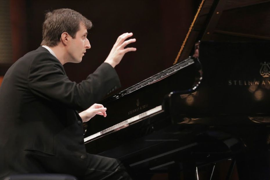 Kenny Broberg performs during the Quarterfinal Round at The Fifteenth Van Cliburn International Piano Competition  in Fort Worth,  Texas. (Photo Ralph Laue/Cliburn Foundation)