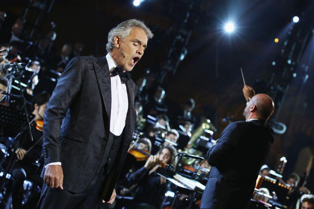 Andrea Bocelli ofrecerá un concierto especial este Domingo de Pascua desde el Duomo de Milán.