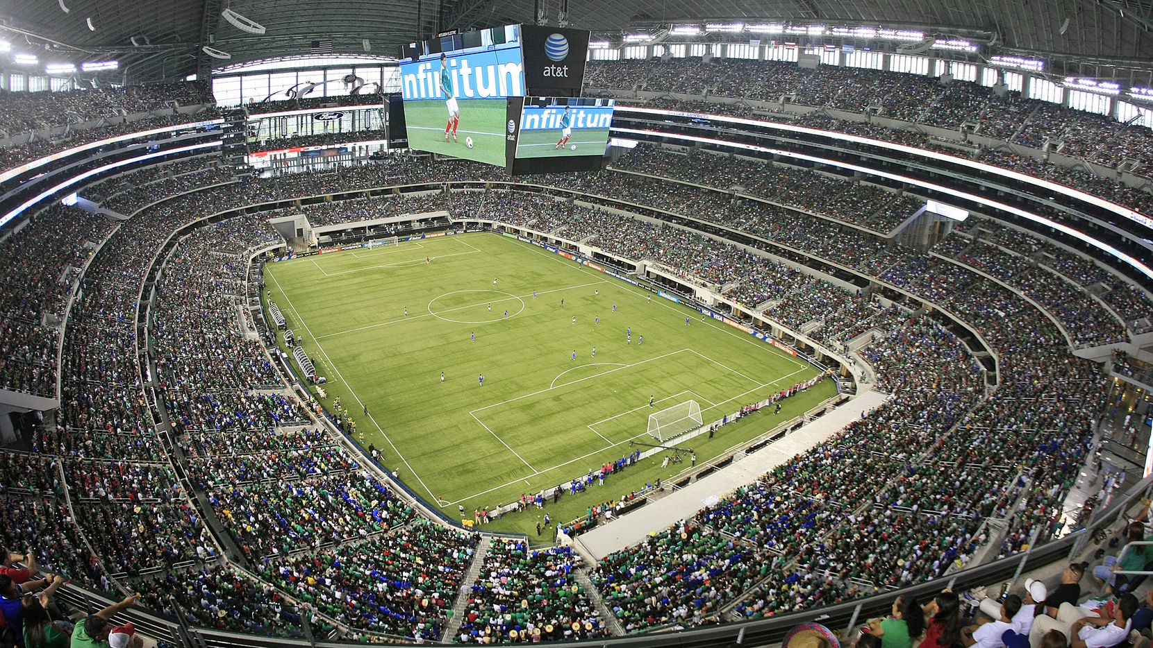 05 June 2011:  Fans during the CONCACAF Gold Cup soccer matches between Mexico versus El Salvador and Costa Rica versus Cuba at Cowboys Stadium in Arlington, Texas.   The attendance was a sellout of  80,108.  Photo by James D. Smith 05312014xALDIA 09072015xPUB