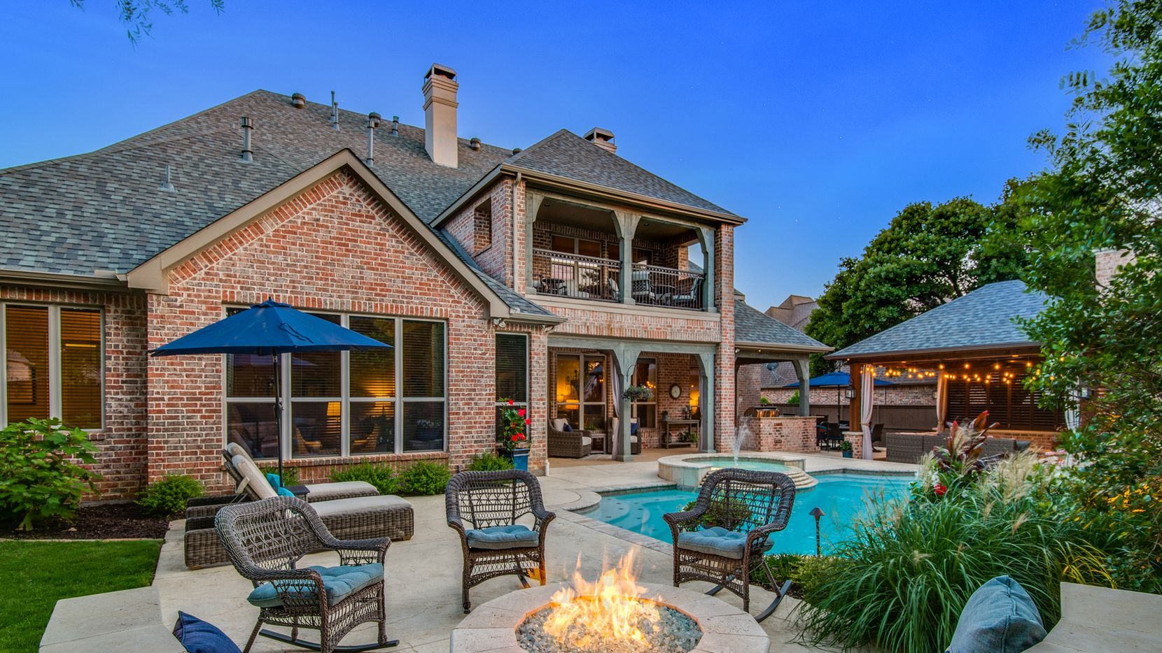 An outdoor oasis is a must-have for homes in the Southlake area.