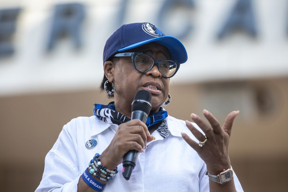 Dallas Mavericks CEO Cynt Marshall welcomed attendees during a Courageous Conversations meet-up to discuss systemic racism at Victory Plaza outside the American Airlines Center in Dallas on June 9.