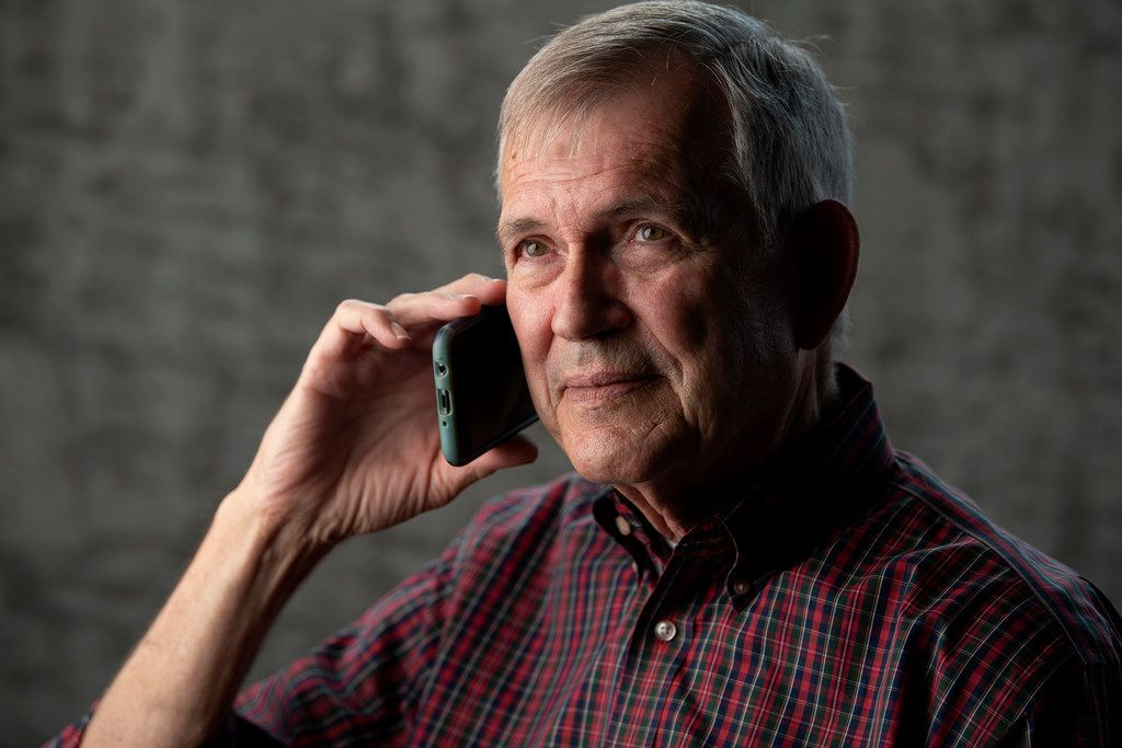 After receiving a scam phone call from someone threatening to cut off power in 30 minutes unless payment was made for supposedly delinquent bills, Dan Wallace contacted The Dallas Morning News' Watchdog, Dave Lieber, to track the scammers down.