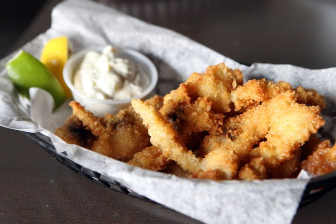 Fried Ipswich clams at 20 Feet Seafood Joint