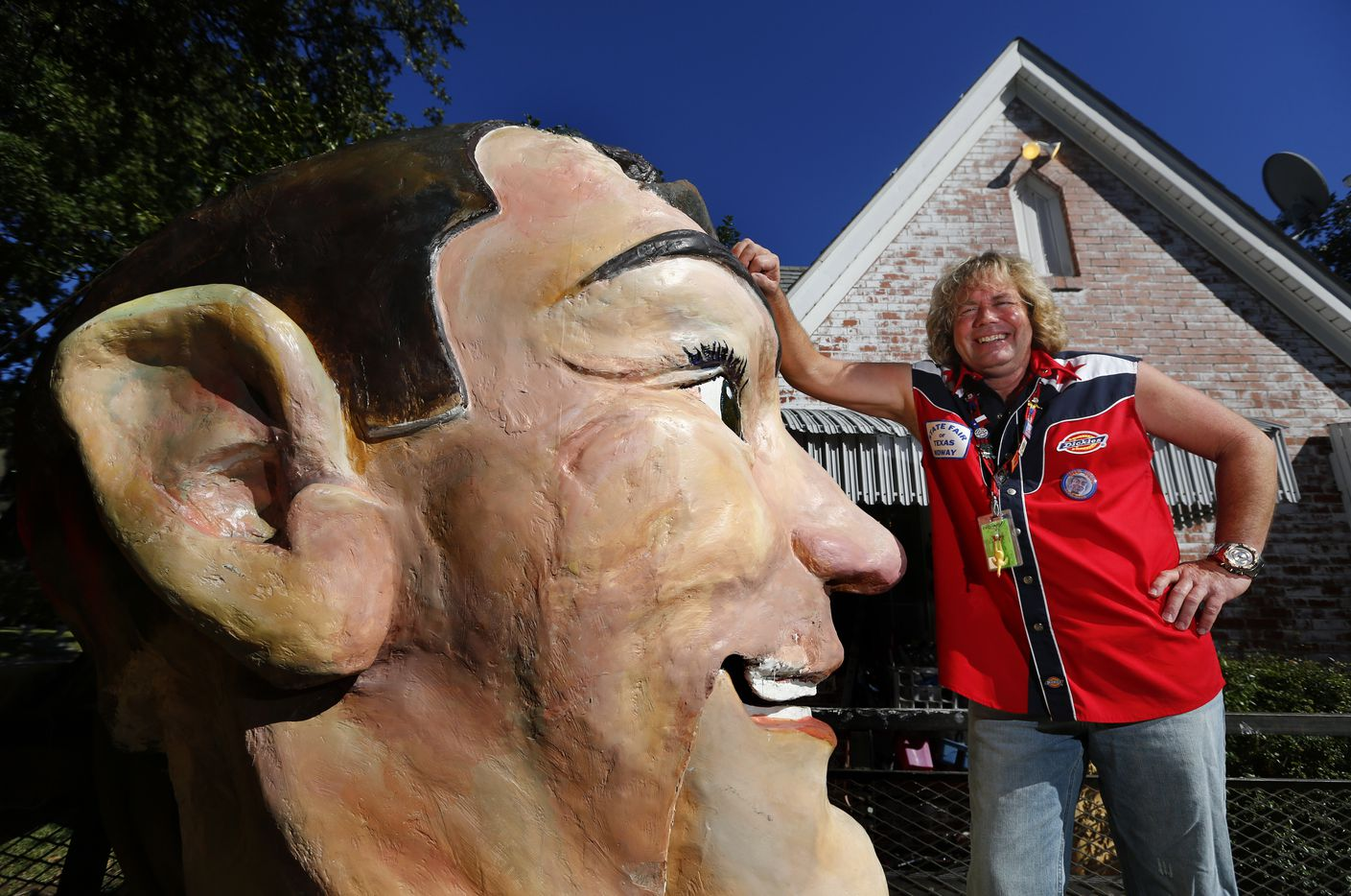 Wayne Smith bought the head of the original Big Tex at an auction in 1993.