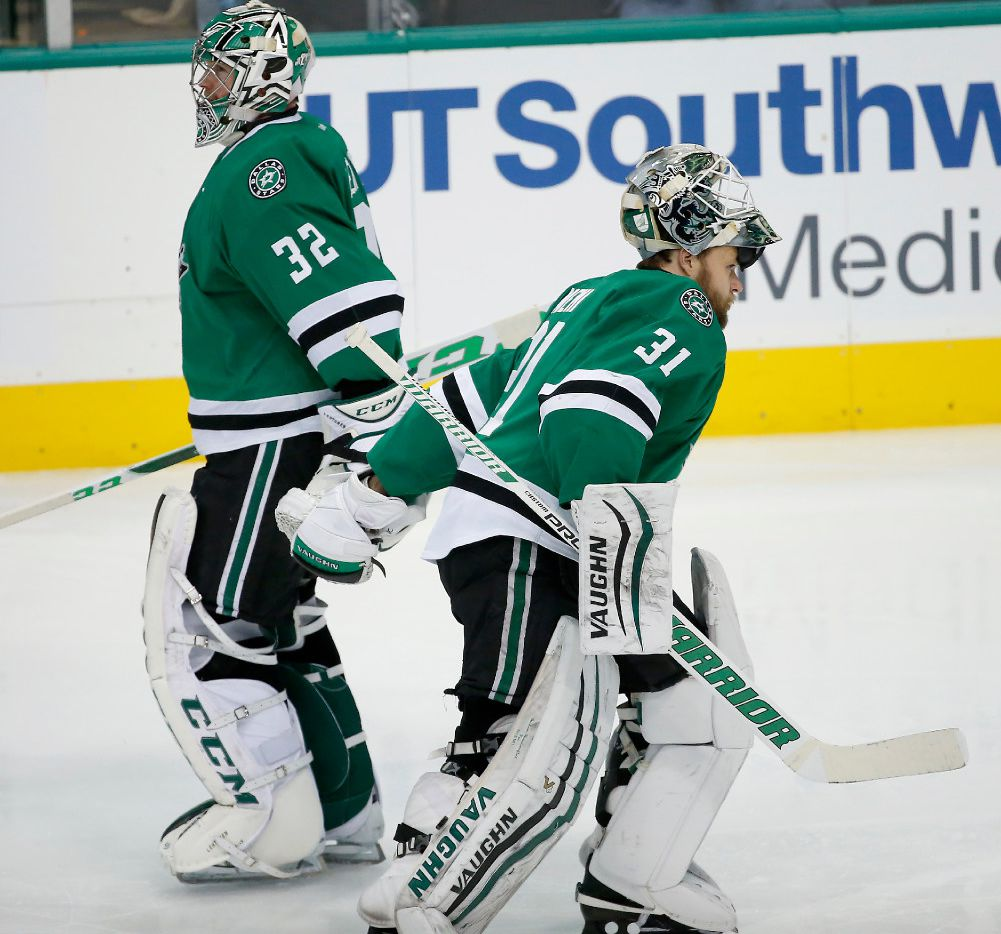 Dallas Stars goalie Kari Lehtonen (32) is replaced by goalie Antti Niemi (31) after being injured during the third period at American Airlines Center in Dallas, Thursday, Dec. 29, 2016. The Dallas Stars won 4-2. (Jae S. Lee/The Dallas Morning News)