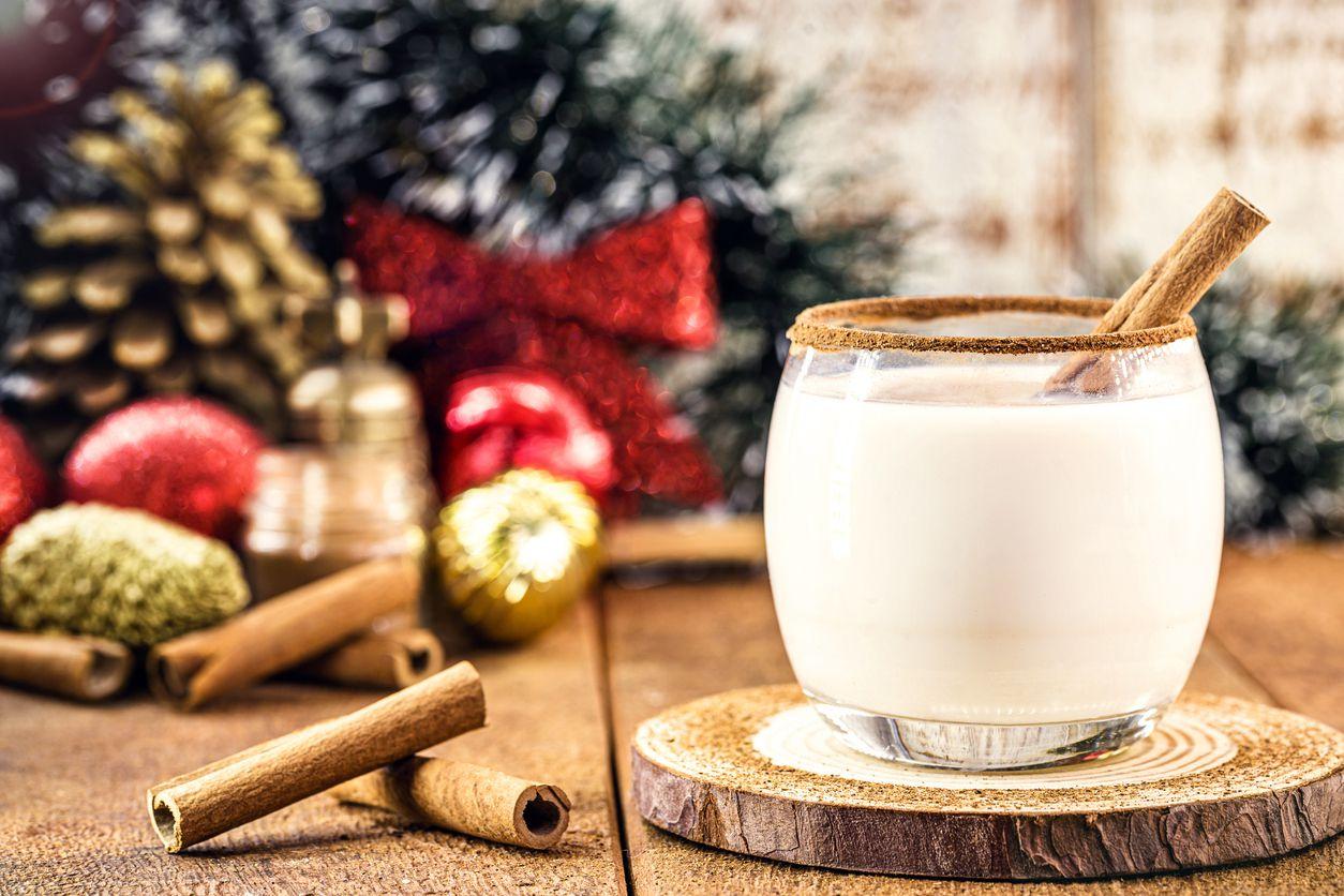 Coquito, una bebida elaborada con ron de caña y crema de coco.