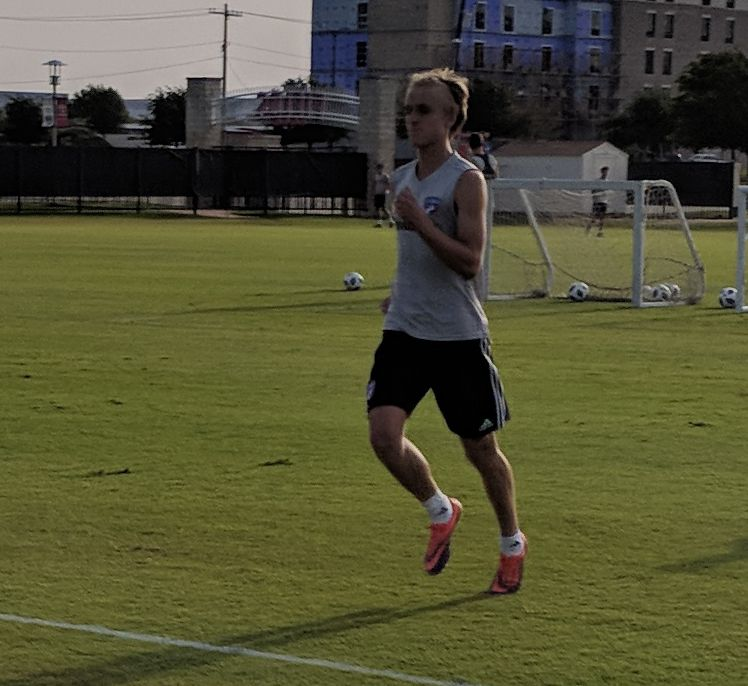Thomas Roberts training with the FC Dallas first team. (7-18-18)