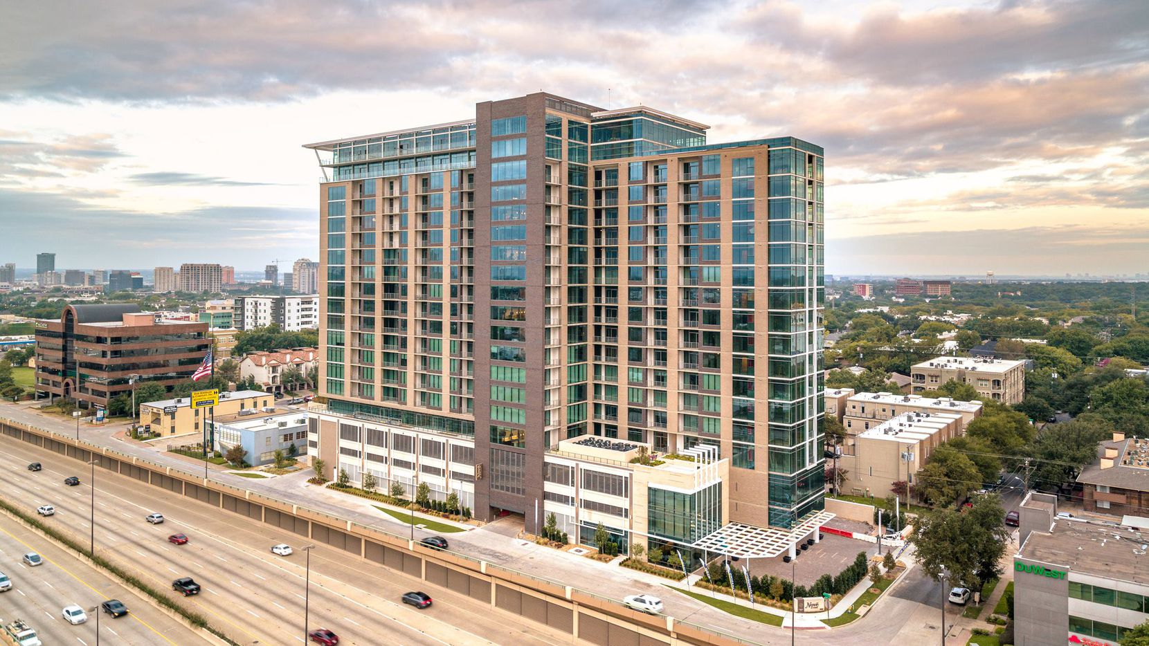 Nove at Knox is a new apartment tower on North Central Expressway just east of Highland Park.
