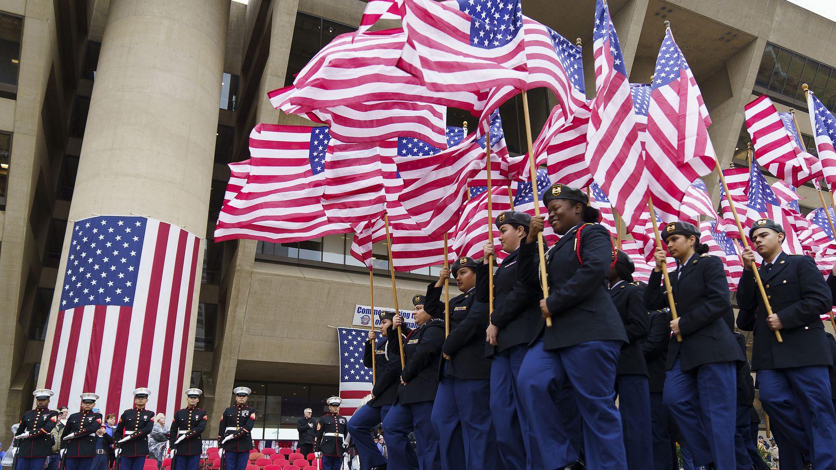 El desfile para celebrar el Día de los Veteranos no se llevará a cabo este año por la pandemia de covid-19.