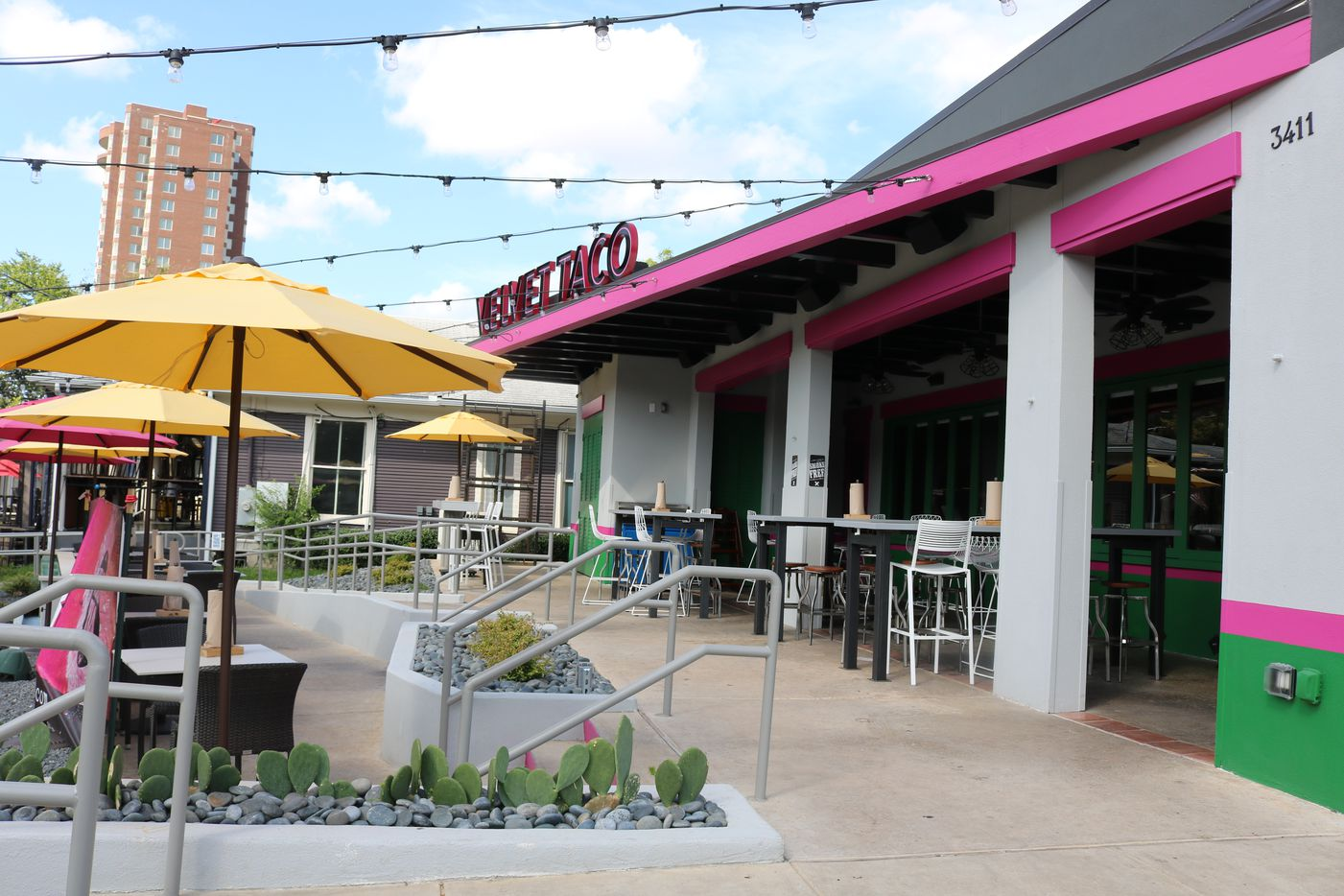 Velvet Taco has opened on McKinney Avenue in Uptown Dallas, in place of the former Urban Taco.