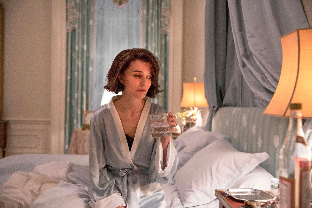 "This image released by Fox Searchlight shows Natalie Portman as Jackie Kennedy in a scene from the film, ""Jackie.""  (Stephanie Branchu/Fox Searchlight via AP)"