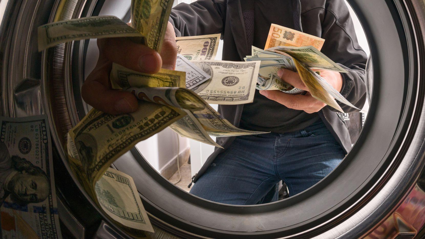 Un prominente abogado de Dallas fue acusado de lavado de dinero tras una investigación de la DEA.