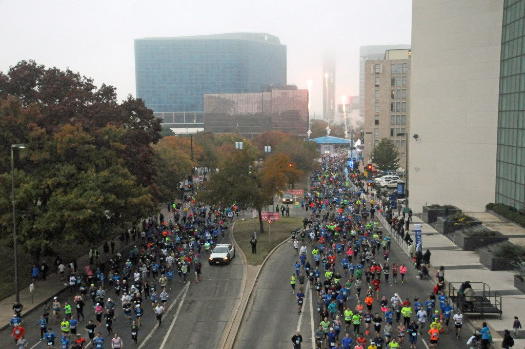 View of the start of the BMW Dallas Marathon