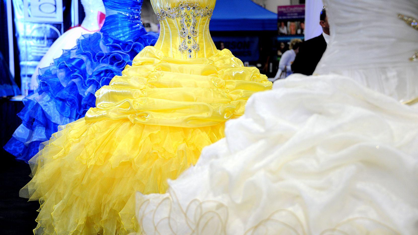 Exposición de quinceañeras será el 8 de marzo en Arlington.