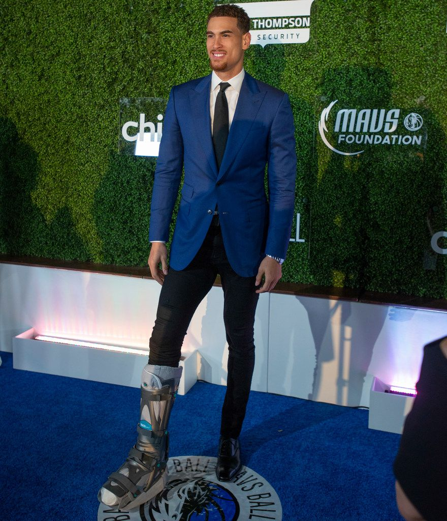 Mavs player Dwight Powell pauses on the blue carpet prior to the Mavs Ball at Million Air in Addison, Texas on March 7, 2020. (Robert W. Hart/Special Contributor)