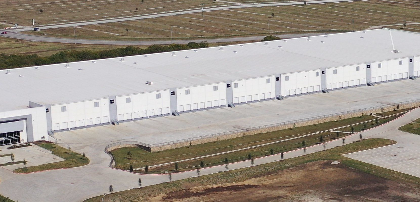The 350,000-square-foot Fort Worth Distribution Center was recently completed.