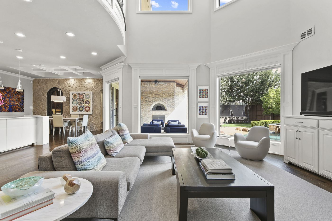 A look at the interior of 6733 Vanderbilt Ave. in Dallas, TX.