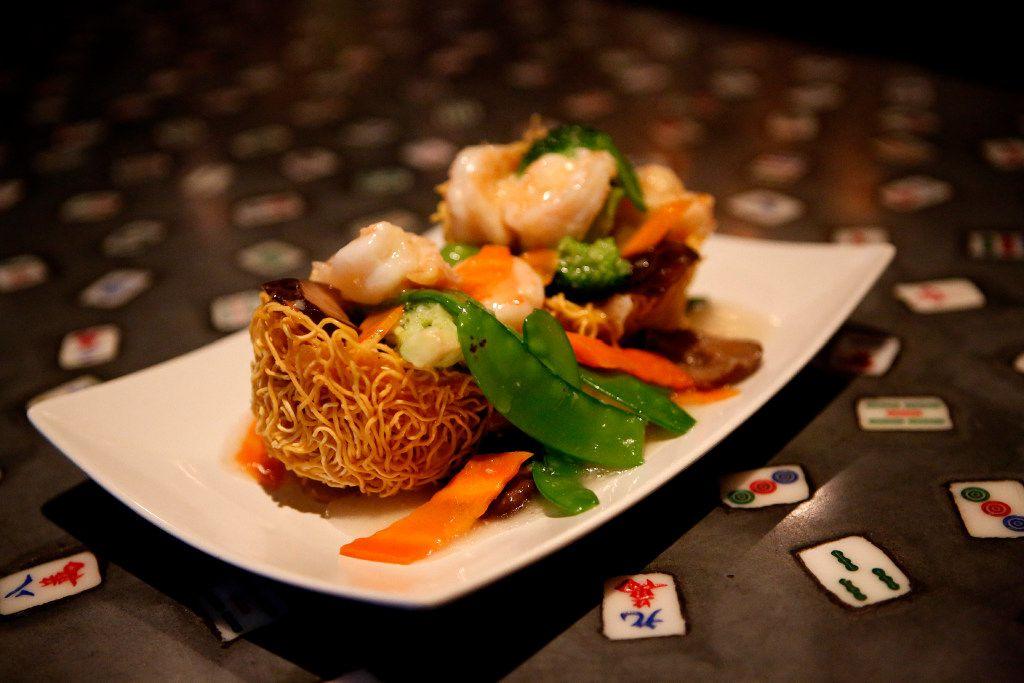 Hong Kong-style pan-fried crispy noodles with shrimp at Mah-Jong Chinese Kitchen in Plano