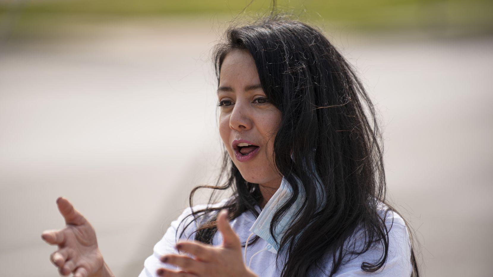 Victoria Neave retuvo su curul en la Legislatura representando a Garland, Mesquite y partes de Dallas.