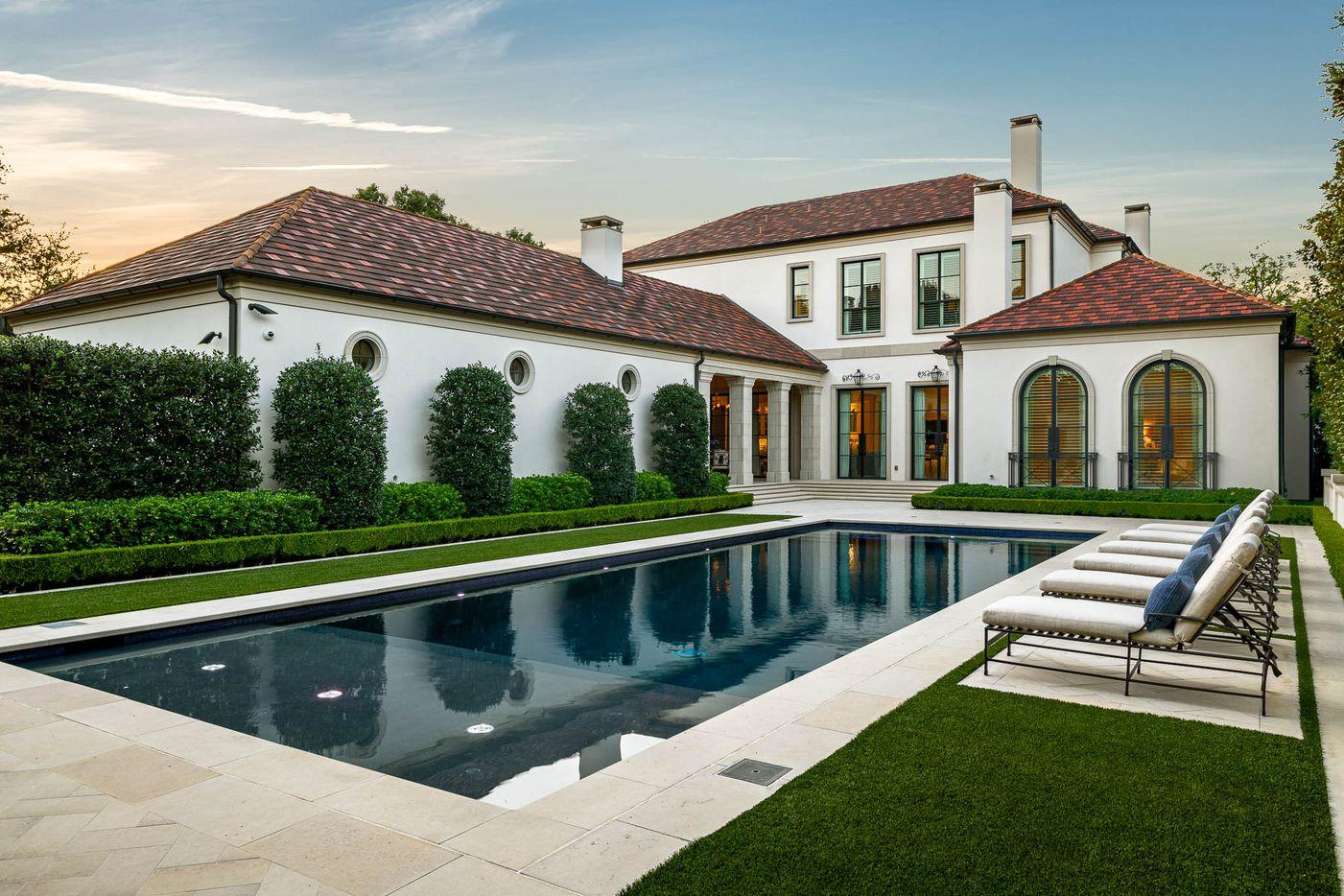 A look at the property at 5522 Falls Road in Dallas.